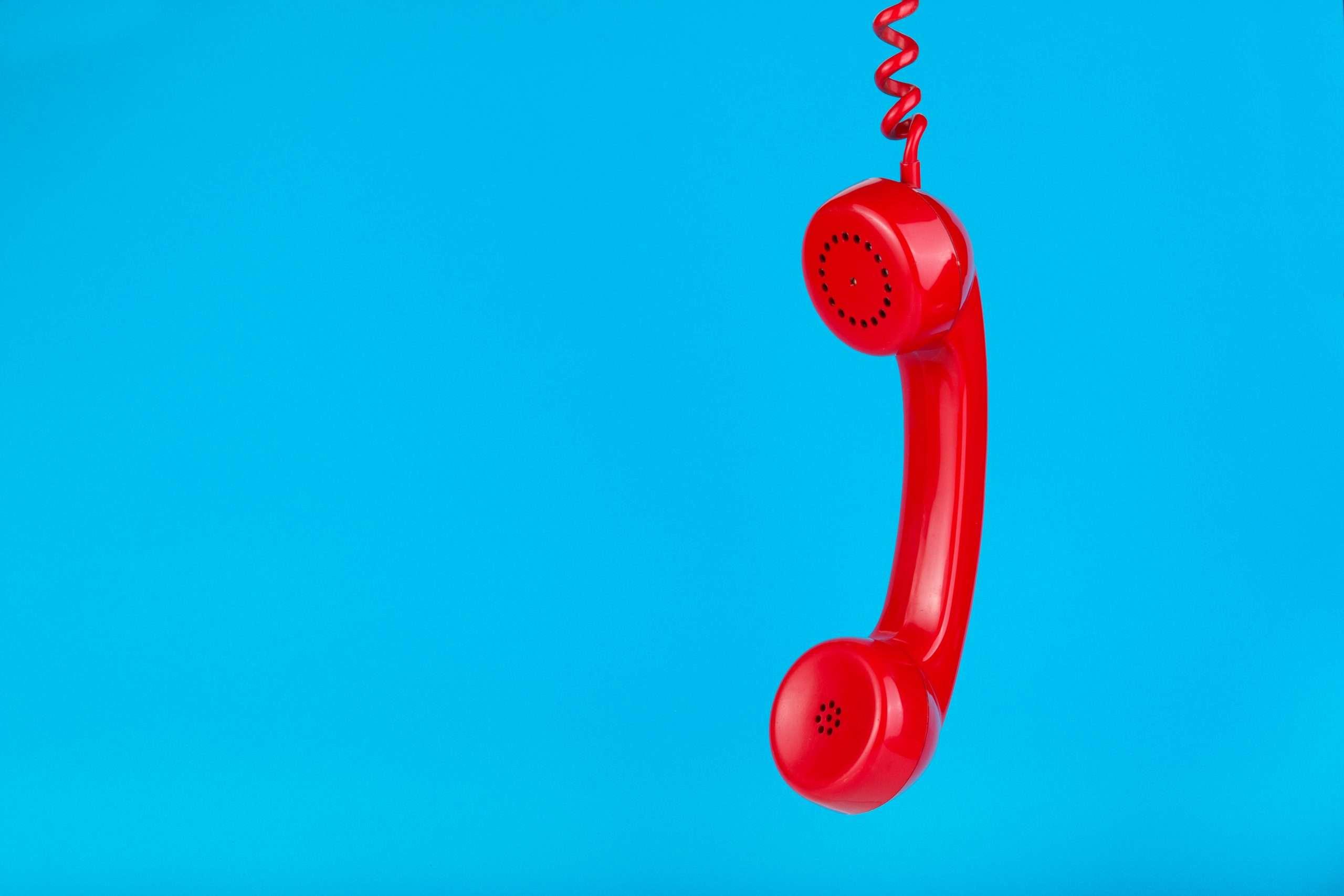 Brasil Telecom é condenada ao pagamento de danos morais por inclusão de consumidora no Serasa