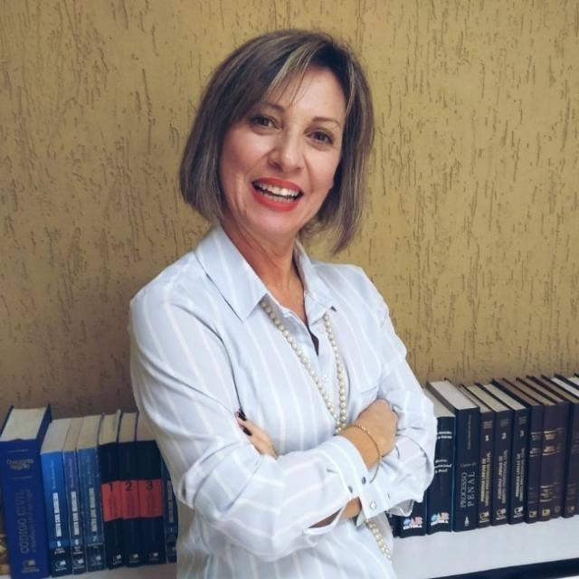 Leia a coluna da Dra. Elaine M. S. Gomes sobre aposentadoria por tempo de contribuição no Alô São Chico