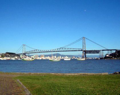 Suspensa a identificação de Terrenos de Marinha em Florianópolis