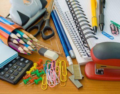 Procon esclarece o que pode constar na lista de material escolar