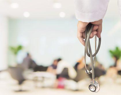 Lei autoriza videochamadas de pacientes internados
