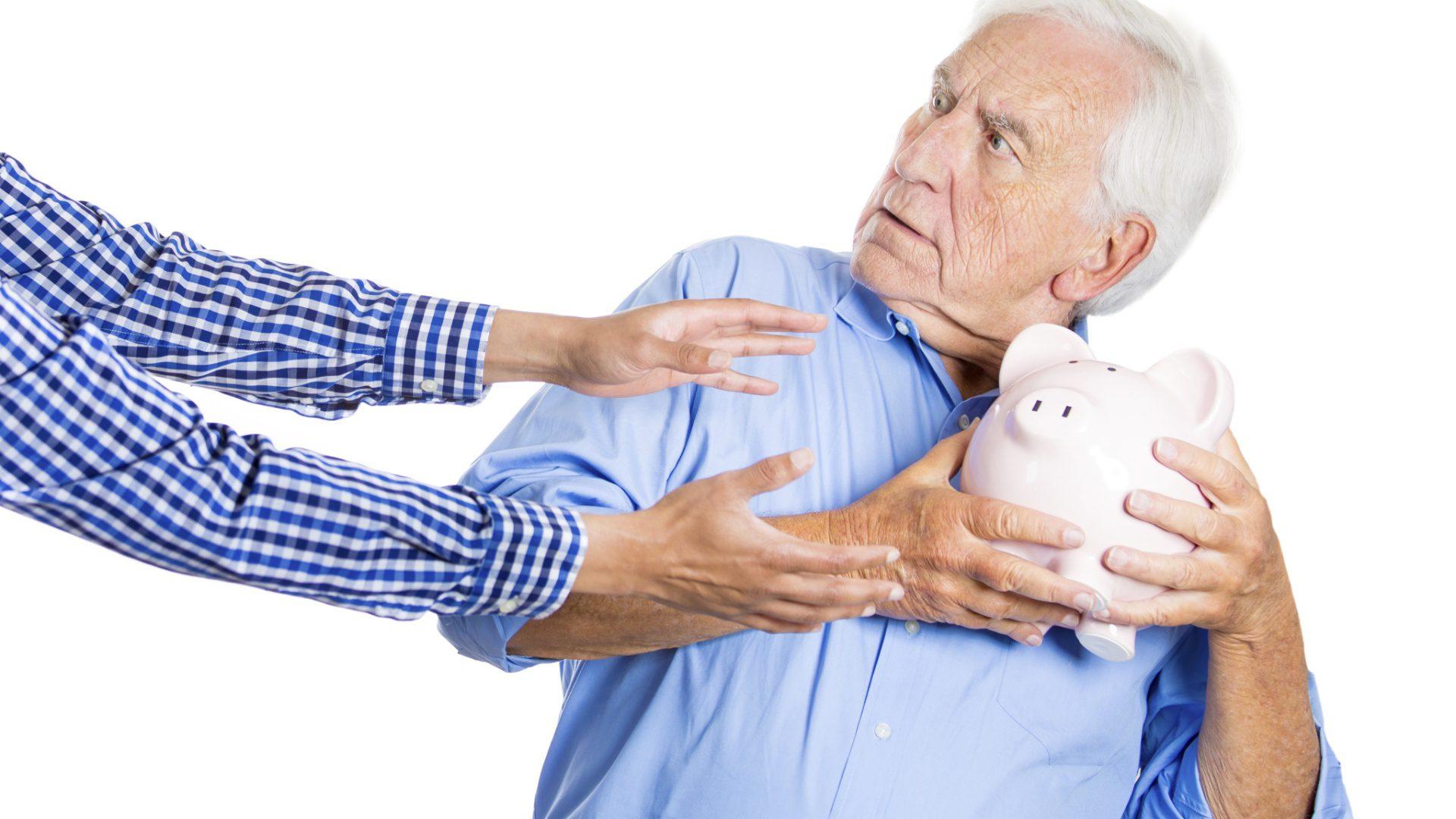 Liberado bloqueio de benefício de aposentado de São Francisco do Sul